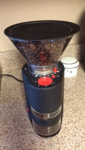 Grinding the coffee on a course setting